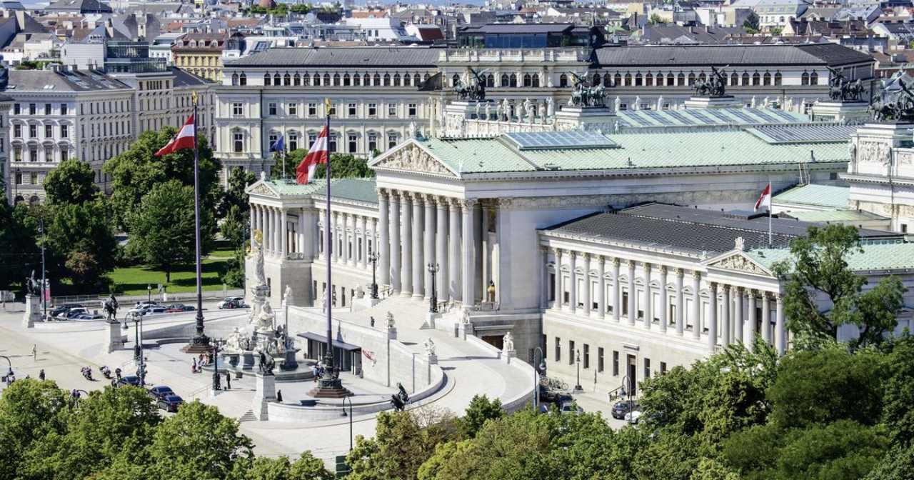 dimissioni Kurz Vienna